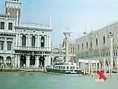 Orgasmi a Venezia - classic porn movie - 1993