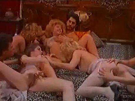Le Plaisir Total - classic porn film - year - 1985