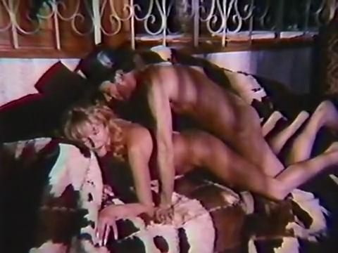 Um Pistoleiro Chamado Papaco - classic porn movie - 1986