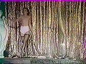 Leche Moi La Chatte Pendant Qu On M'Enfile Derriere - classic porn film - year - 1985