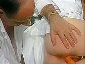 La Doctoresse a des Gros Seins 2 - classic porn film - year - 1992