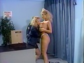 Tracey Adams cabaret