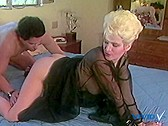 Ginger And Spice - classic porn movie - 1986