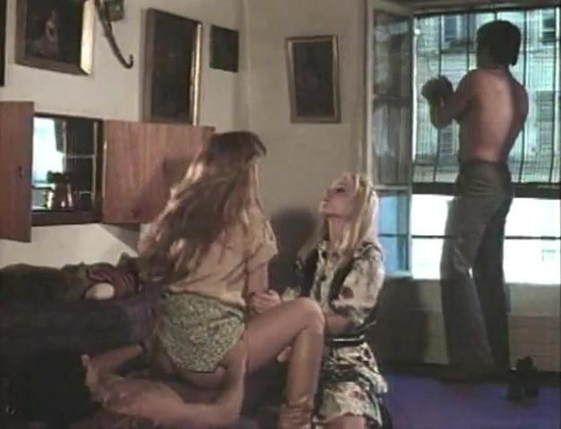 Caresses - classic porn movie - 1979