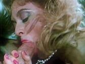 Tracey Adams eats gina