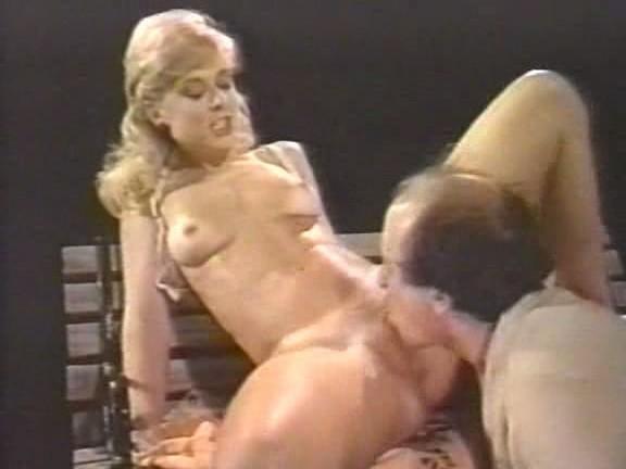 Shakira leaked nudes