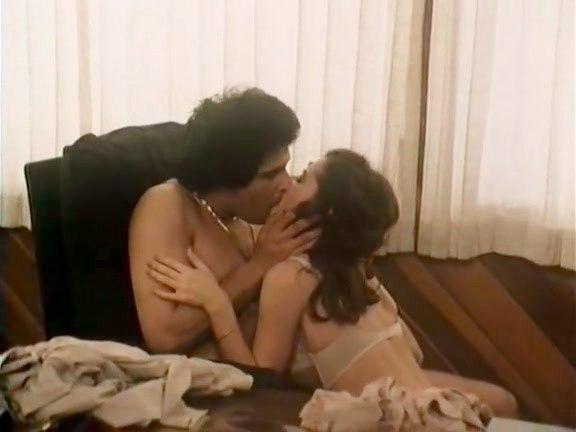 8 to 4 - classic porn movie - 1981