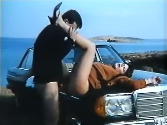Kiria Ke O Moutsos - classic porn movie - 1985