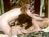 Biz-arre Women - classic porn - 1982