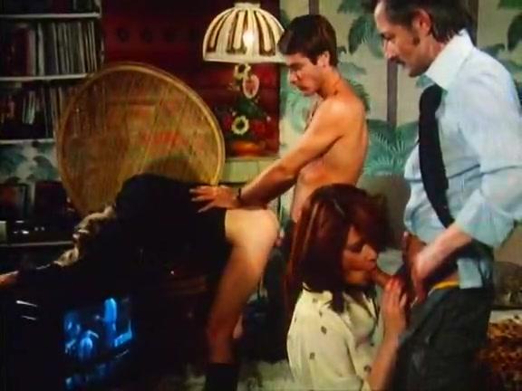 Sex Maniacs 2 - classic porn movie - 1977