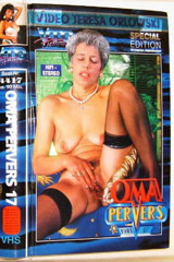 Oma Pervers 17 - classic porn film - year - 1994