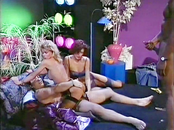 Gruppensex Total 4 - classic porn film - year - 1992