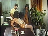 Foxy Ladys Versteckte Kamera 3 - classic porn film - year - 1986