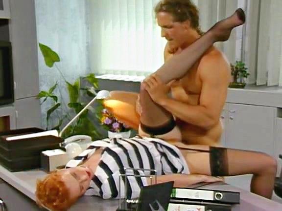 Eine Schrecklich Geile Familie 3 - classic porn film - year - 1994