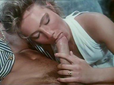 Intimita Anale - classic porn movie - 1992