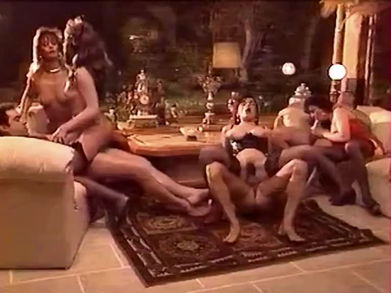 Bourgeoise Le Jour Pute La Nuit - classic porn film - year - 1991