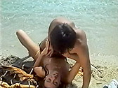 Plaisirs De Lesbos - classic porn - 1986