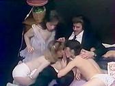 4 VideosX Reunies En 1 K7 - classic porn film - year - 1980