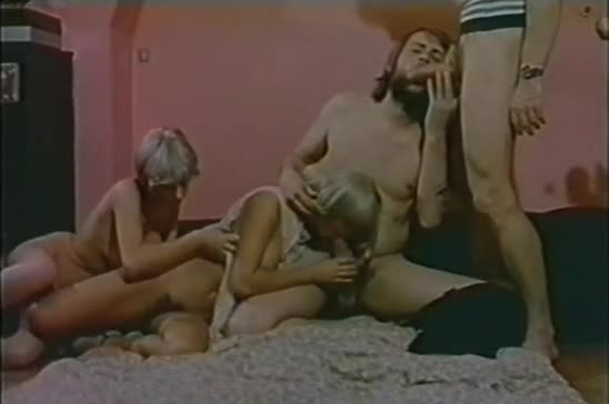 L'initiation pornographique de Virginie - classic porn film - year - 1979