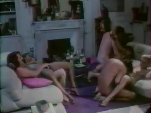 Les seins en feux - classic porn movie - 1980