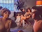Aberraciones Sexuales De Una Mujer Casada - classic porn movie - 1981