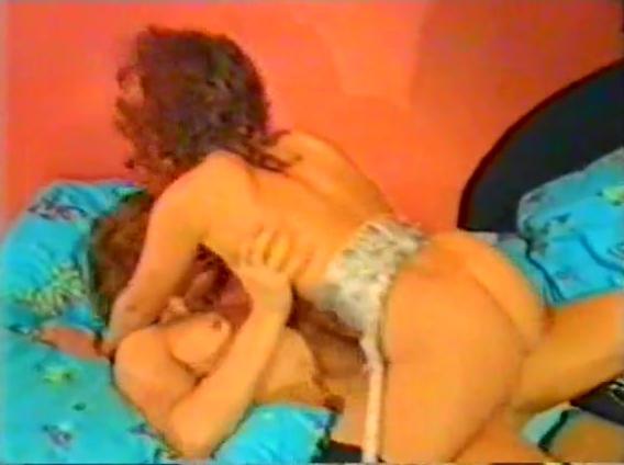Spiele Junger Madchen - classic porn movie - 1989