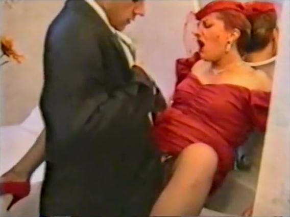 Biz arr Wedding - classic porn movie - 1990