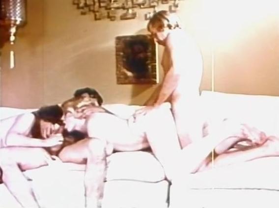The Peeping Camera - classic porn movie - 1972