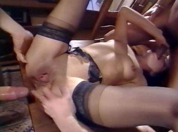 Biz arre Extase - classic porn movie - 1990