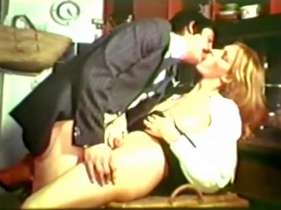 Jaime Les Grosses Legumes - classic porn film - year - 1977