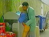 Schwarze Stange Weibe Fotzen - classic porn movie - 1990